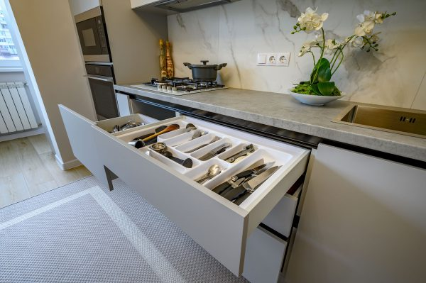 Effectively Use Corners with Kitchen Storage Carousel